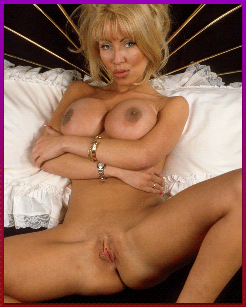 Sexy MILF Chat